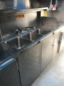 Food Truck Ice Cream Freezer - Sinks