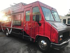 OutbackSteakhouse - Food Truck - Passenger Side
